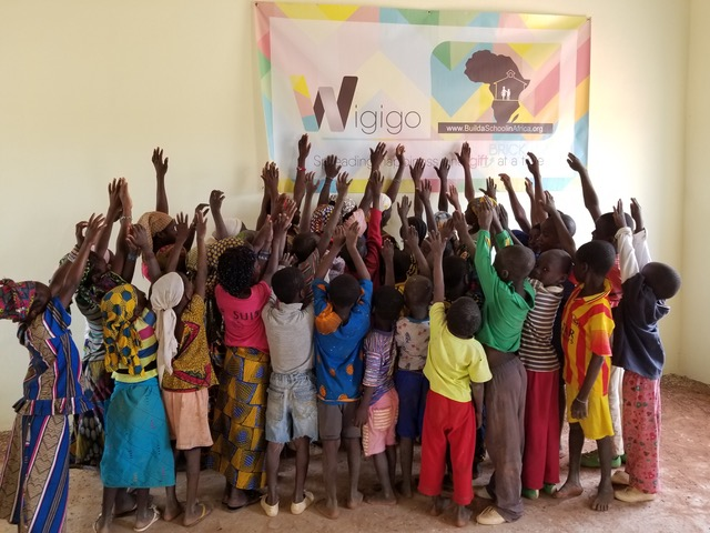 Wigigo The Gift of Giving - charity school in NOLABOUGOU FINISHED 9